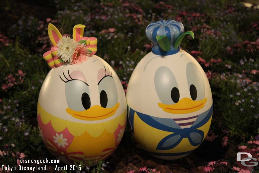 Donald & Daisy in Toontown