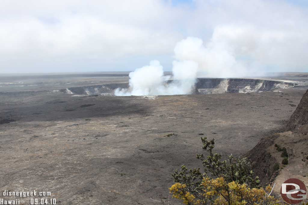 Volcanoes National Park - an active vent
