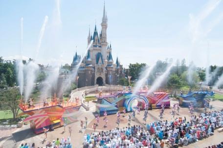 """""""Disney Natsu Matsuri"""" a t Tokyo Disneyland"""