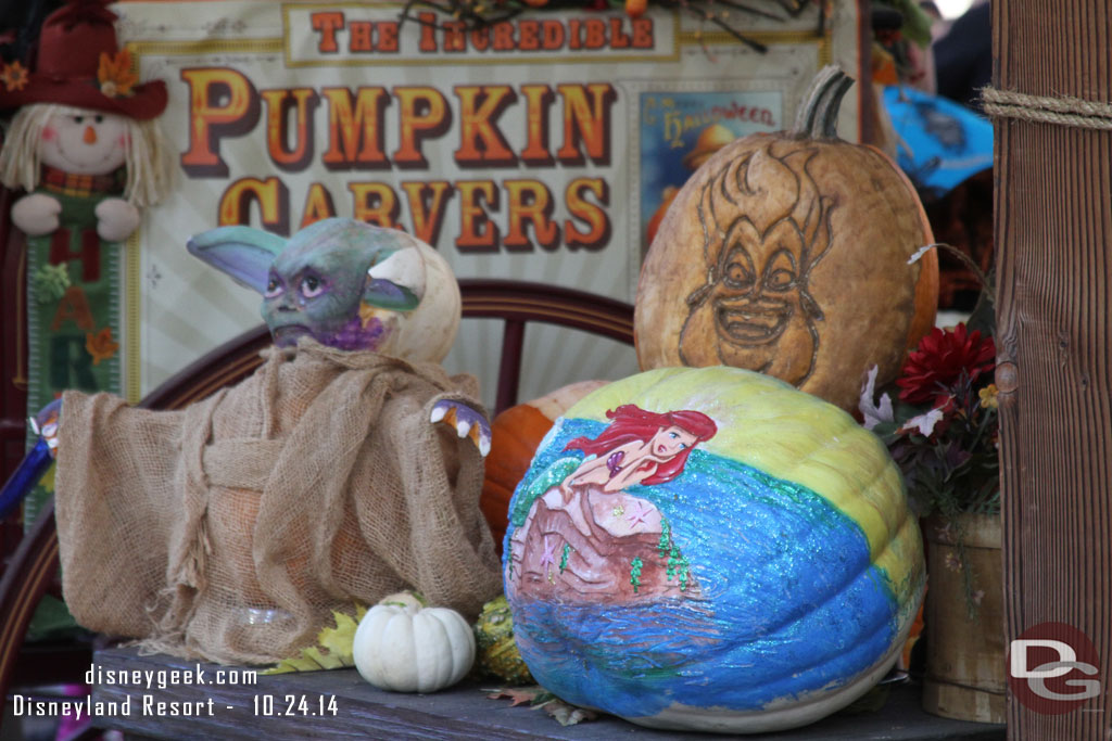 Disneyland Pumpkin 2014 - Yoda & Little Mermaid