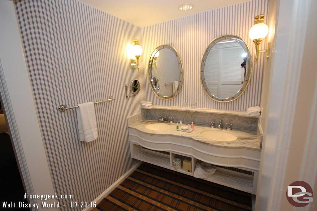 Disney's Yacht Club Resort - Vanity Area