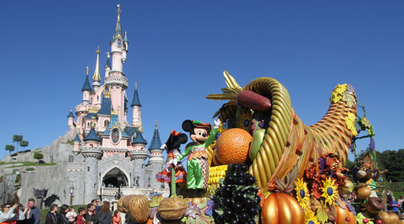 Disneyland Paris Halloween Featured Image