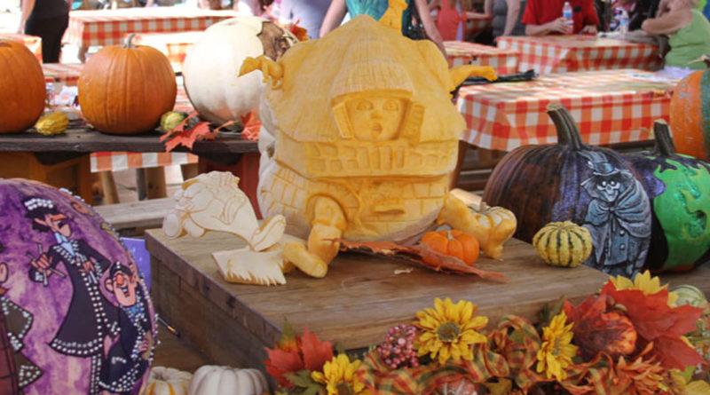 Disneyland Pumpkin 2014 - Featured Image