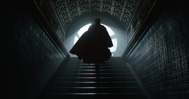 Marvel's DOCTOR STRANGE Doctor Stephen Strange (Benedict Cumberbatch) Photo Credit: Film Frame ©2016 Marvel. All Rights Reserved.
