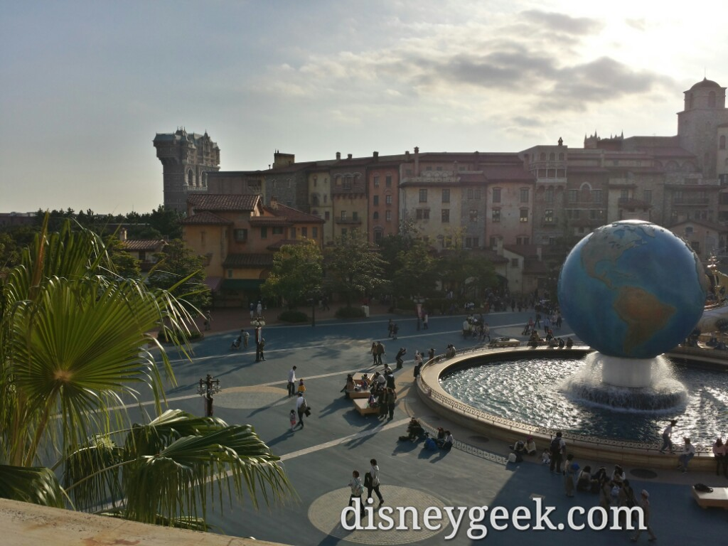 Tokyo DisneySea Entrance Plaza