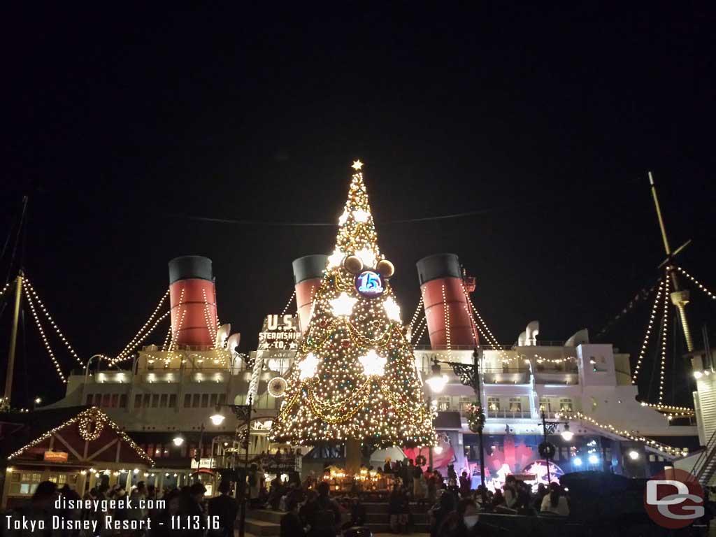 Tokyo DisneySea - American Waterfront Tree