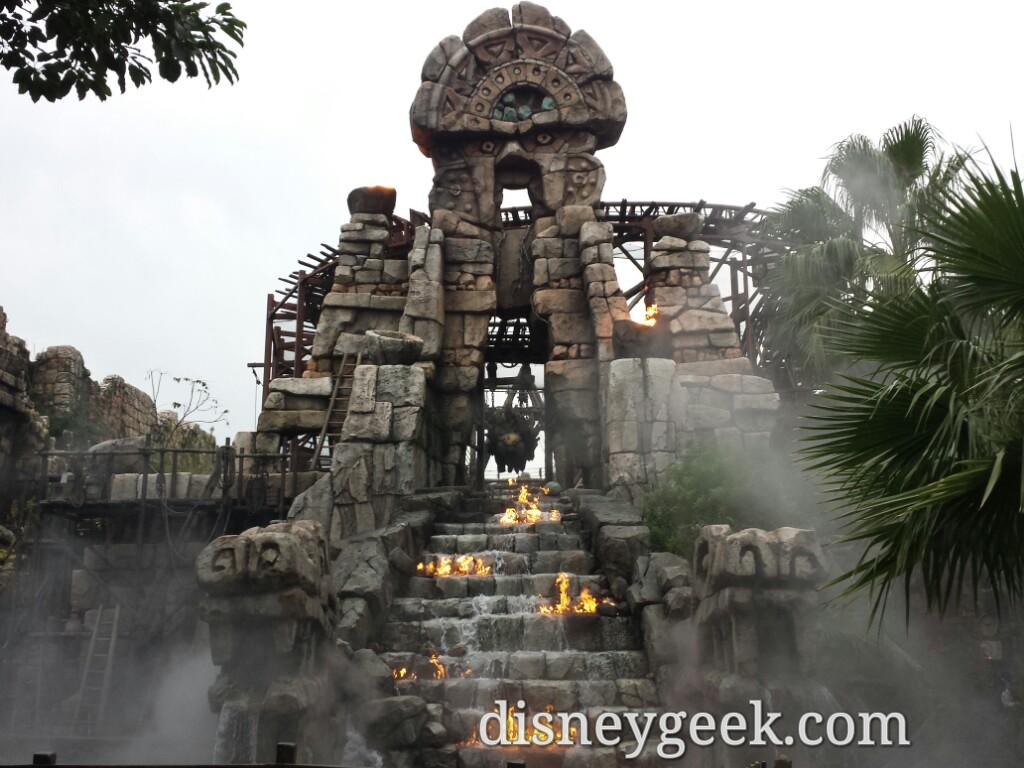 Tokyo DisneySea - Passing by Raging Spirits