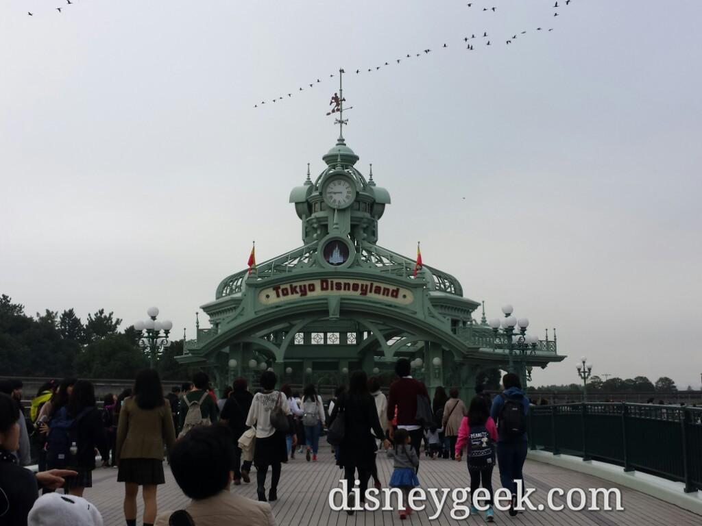 Tokyo Disneyland Sign