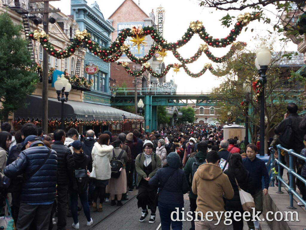 Tokyo DisneySea - Another view of the crowd.  Stand by was posted at 90 min already and growing.