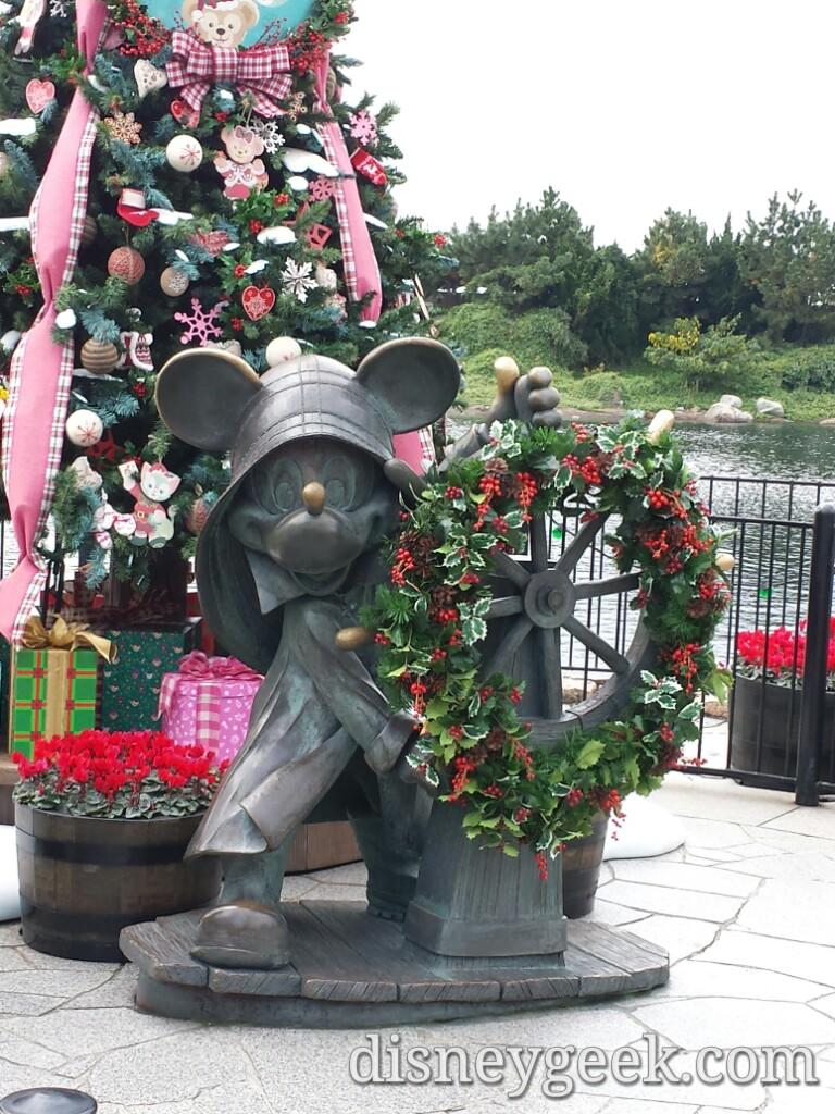 Tokyo Disneyland - American Waterfront - Cape Cod