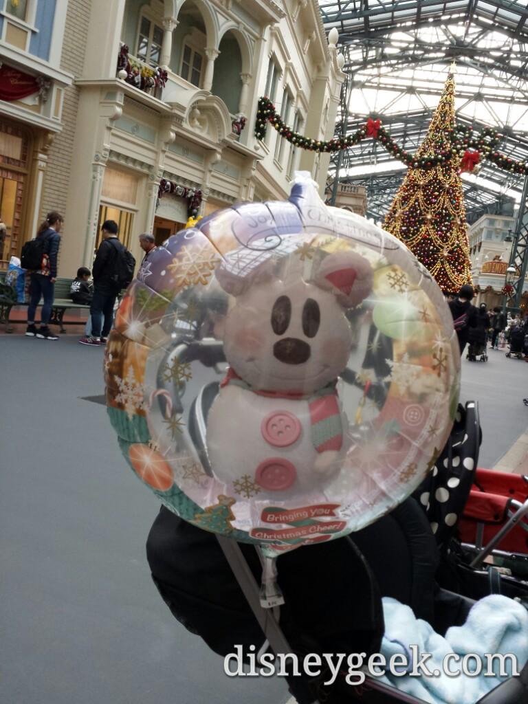 Tokyo Disneyland -Christmas Balloon