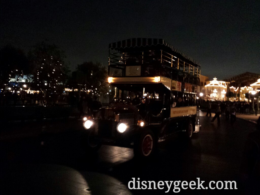Tokyo Disneyland - Night time Omnibus operation