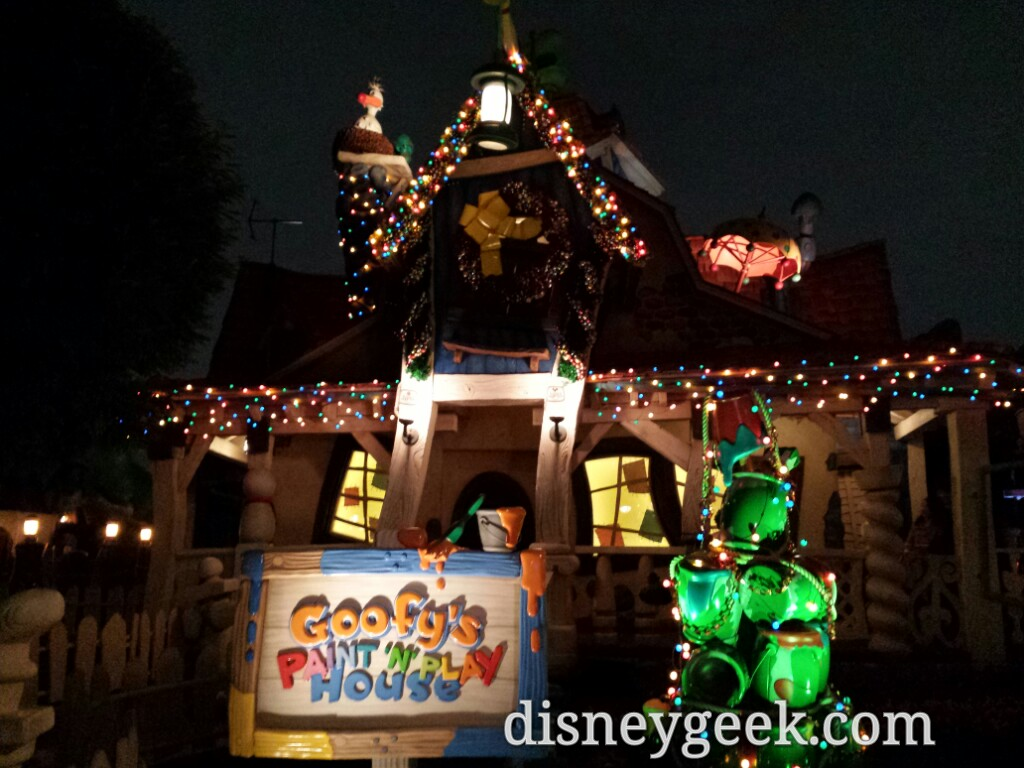 Tokyo Disneyland - Goofy's House