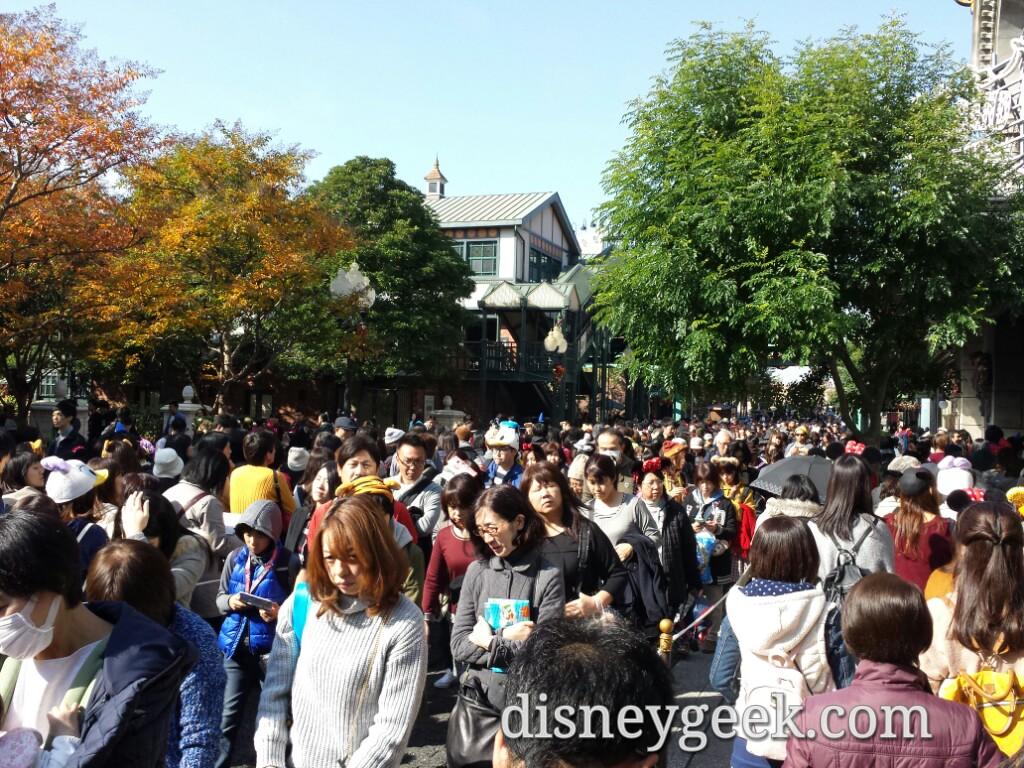 Tokyo DisneySea - Big Ban Beat QueueTokyo DisneySea -