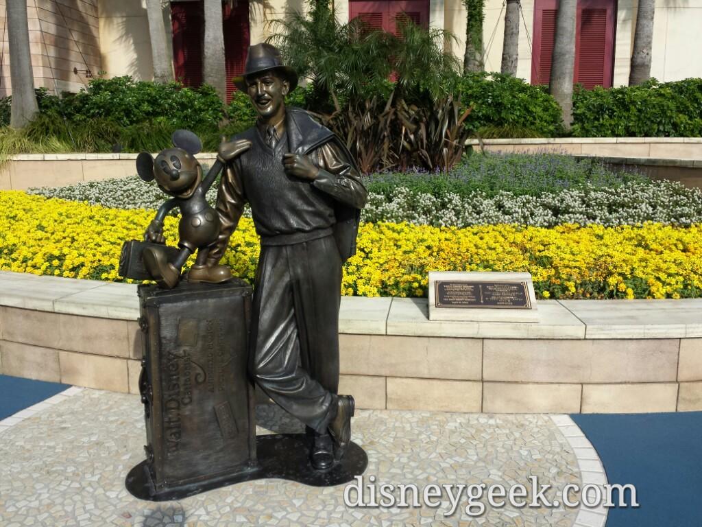 Tokyo DisneySea - Storytellers Statue