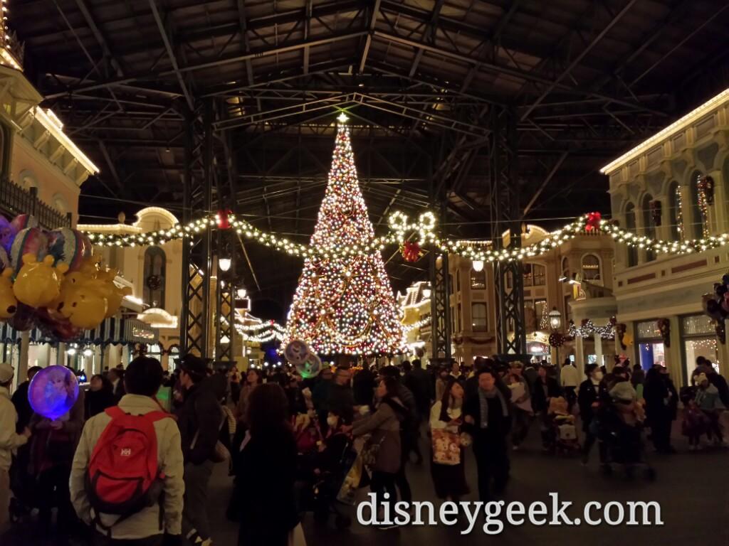 Tokyo Day 6: Tokyo Disneyland - World Bazaar
