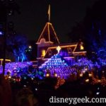 Choirs filling in #Disneyland #Candlelight