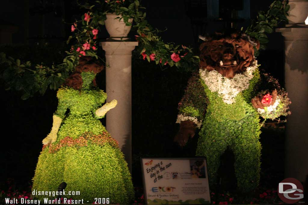 2006 - Belle & the Beast Topiaries from Beauty and the Beast