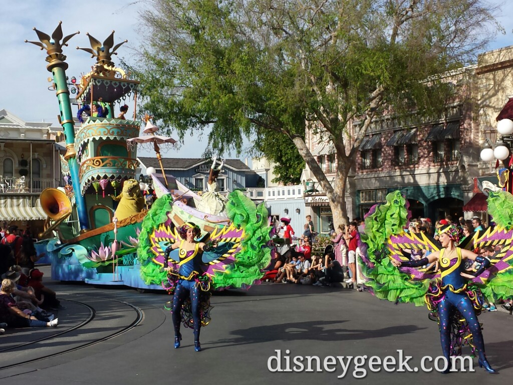Mickey's Soundsational Parade Has Returned to #Disneyland