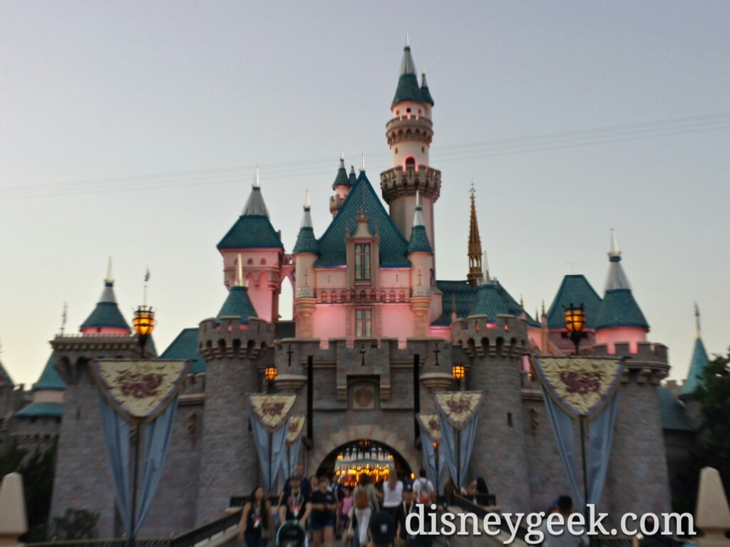 disneyland sleeping beauty castle this evening - the geek's blog