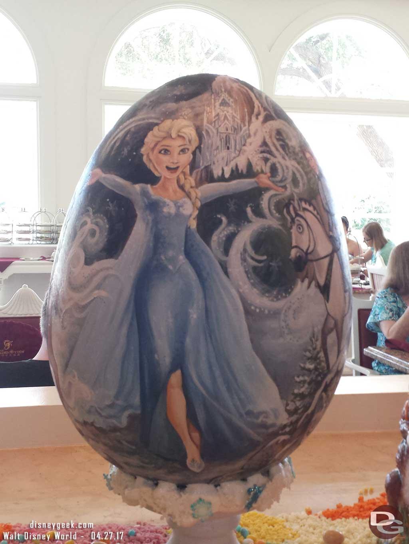 Frozen - Elsa Egg
