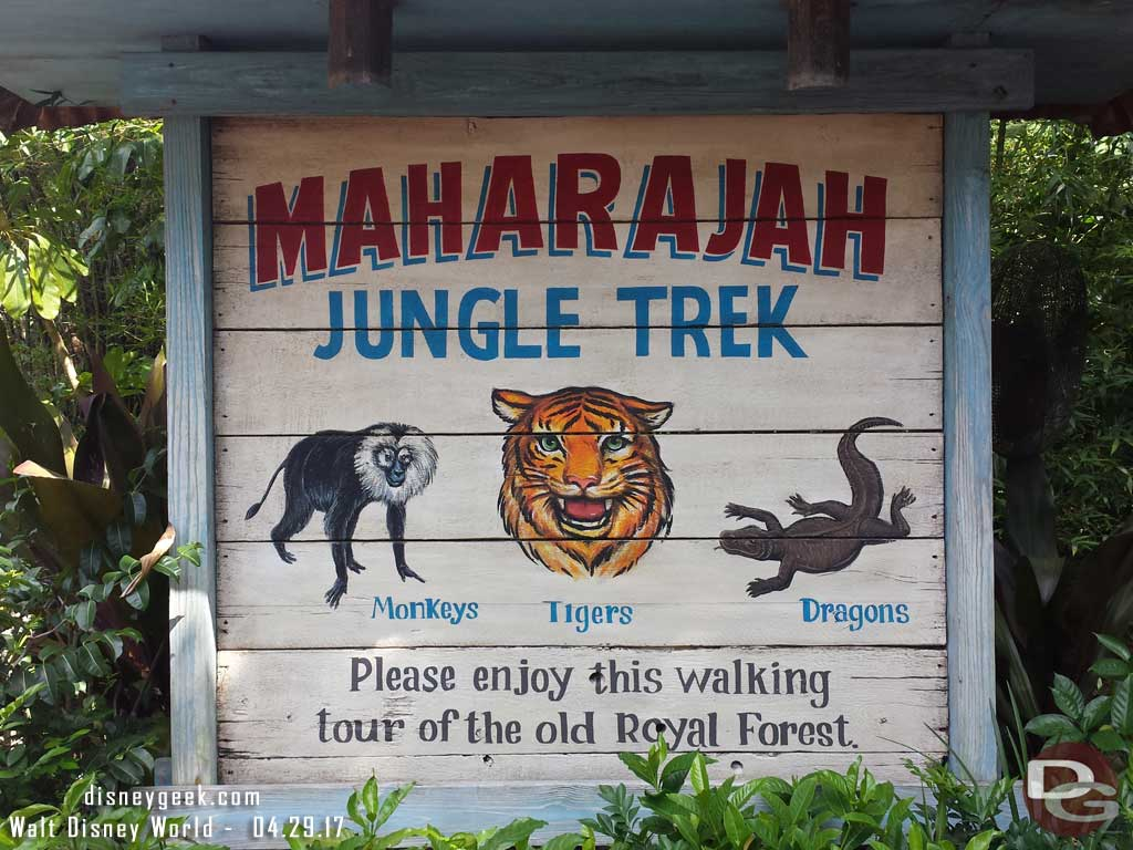 Maharajah Jungle Trek - Noticed Monkeys on the sign now over the bats