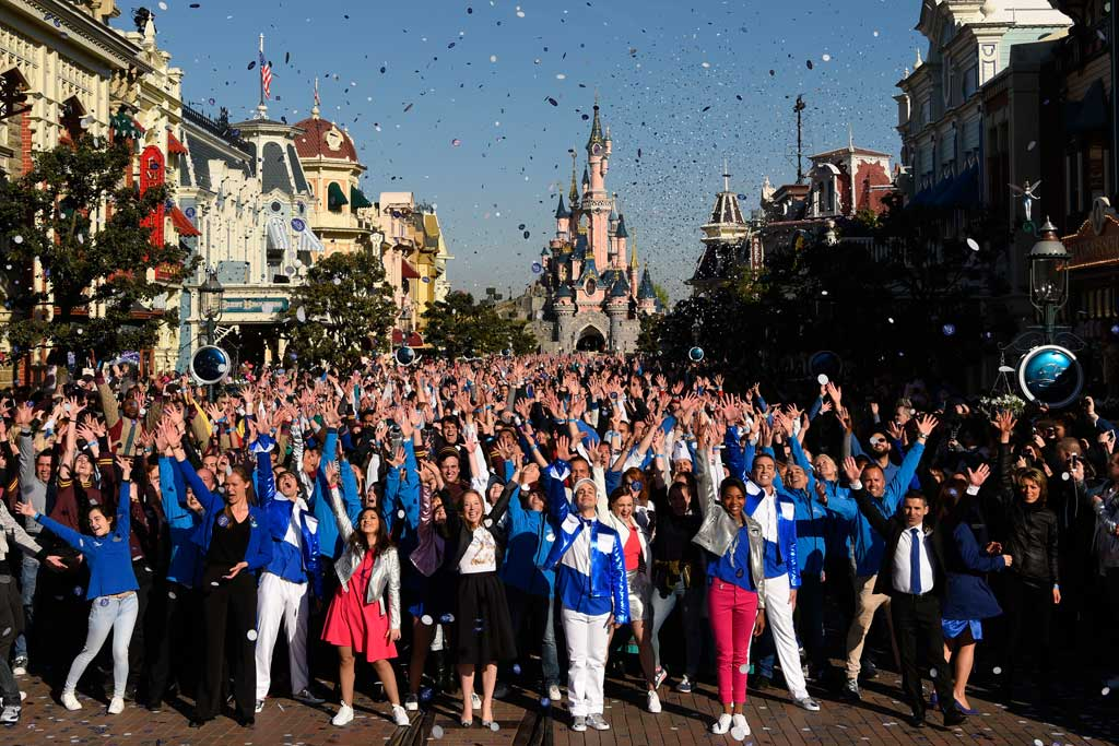 Disneyland Paris 25th Anniversary - Cast Photo