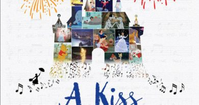 A Kiss Goodnight – Richard Sherman & Floyd Norman Children's Book (Jason's 1st Impressions)
