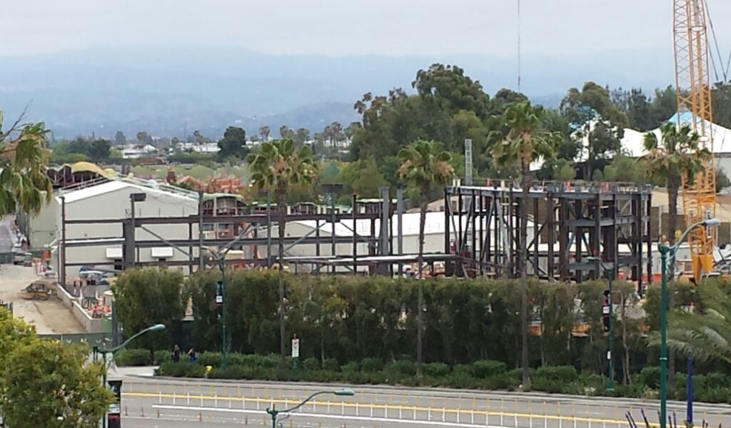 Disneyland Star Wars Construction Check (5/25)