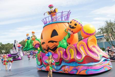 """Halloween Pop'n LIVE"" at Tokyo Disneyland (Photo from 2016"