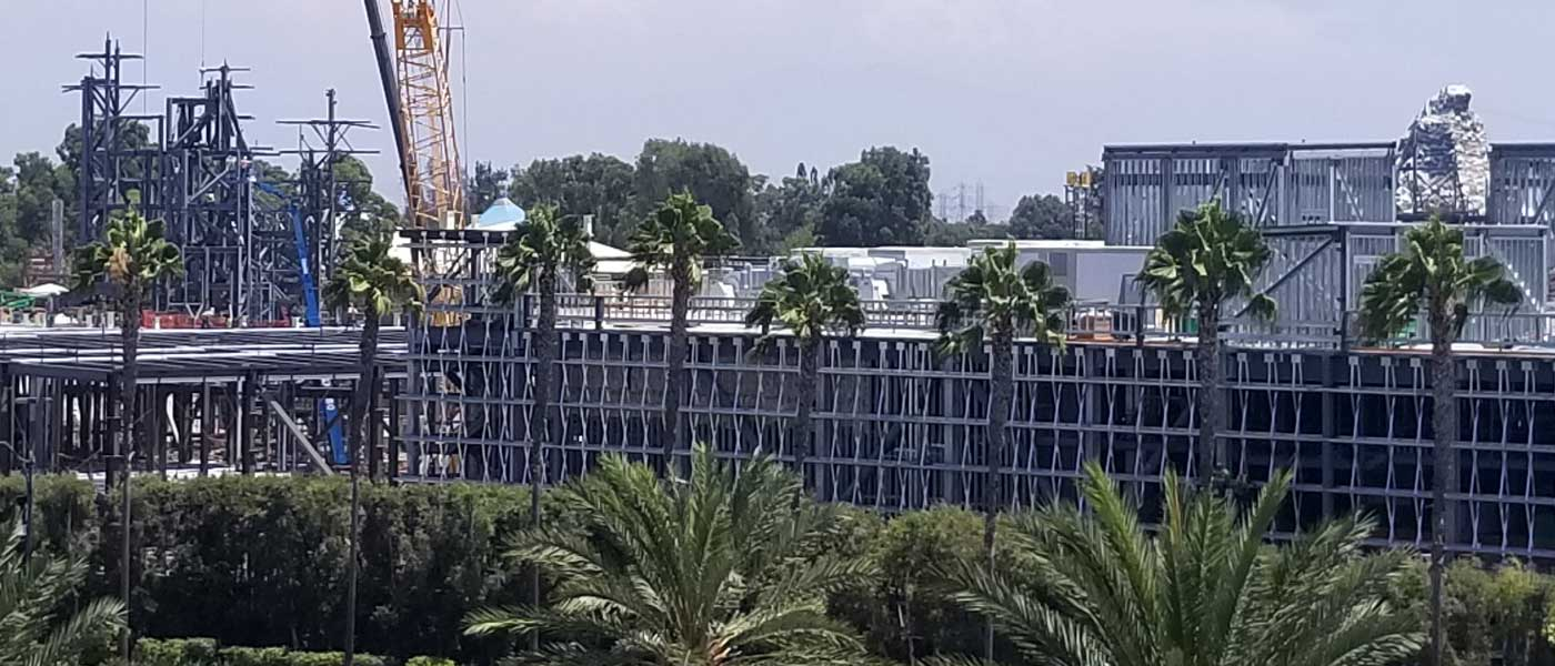 Disneyland Star Wars Construction Check (8/11)