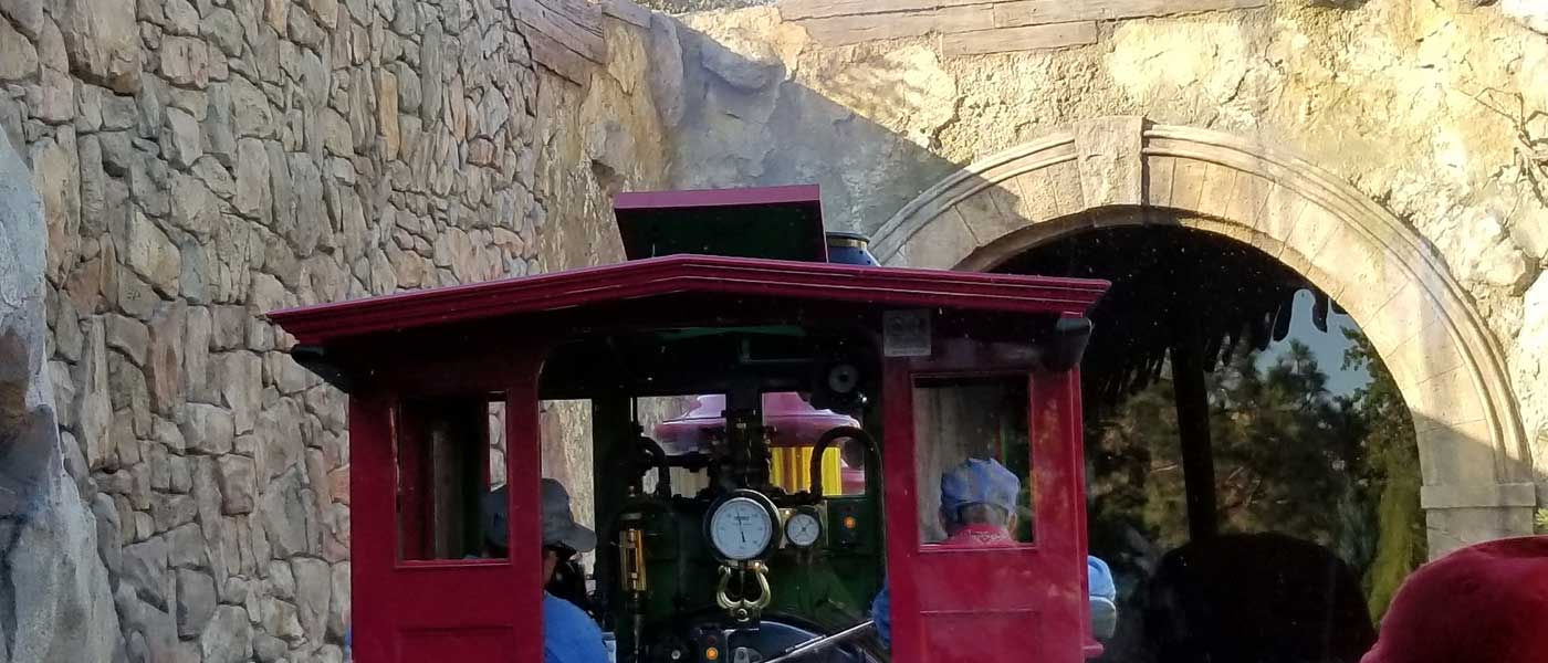 Disneyland Railroad Pictures  & Video from 8/4