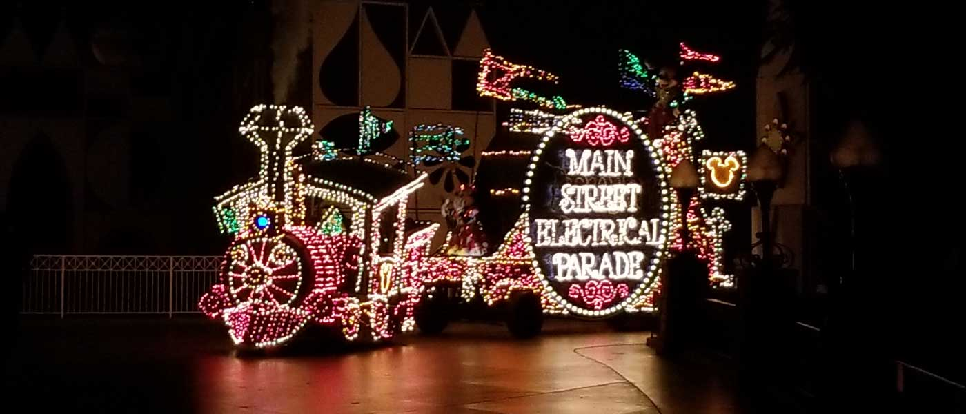 Disneyland Main Street Electrical Parade Pictures & Video