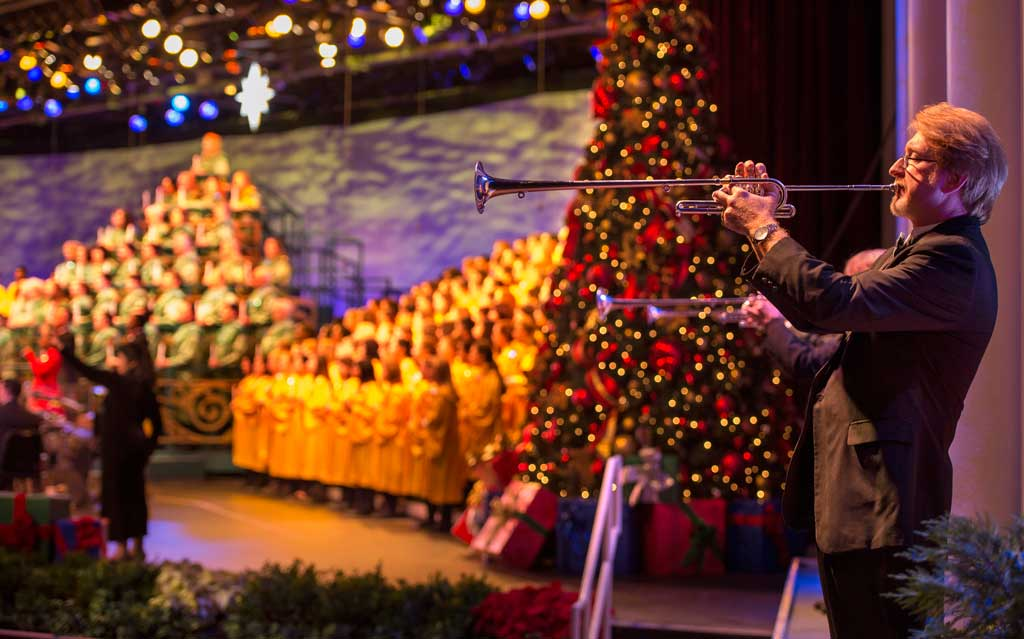 presented in the america gardens theatre at epcot candlelight processional is one of the most beloved holiday traditions at walt disney world resort