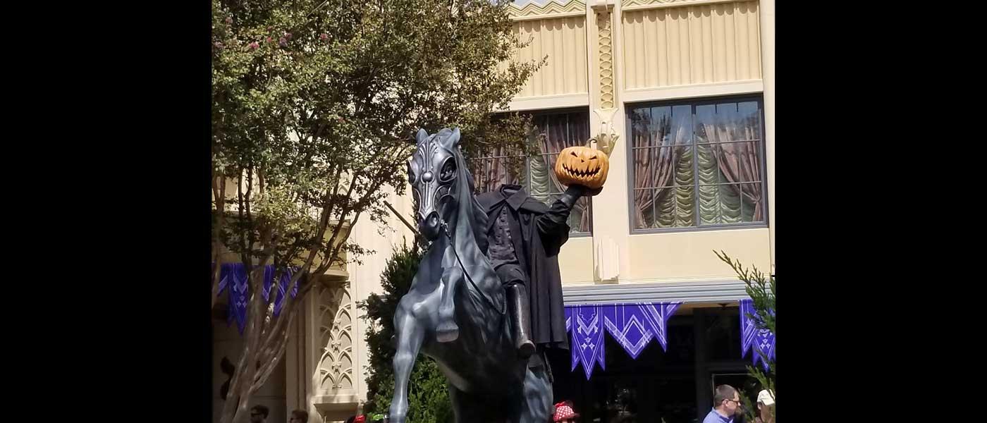 1st Look – Buena Vista Street Halloween (Several Pictures)