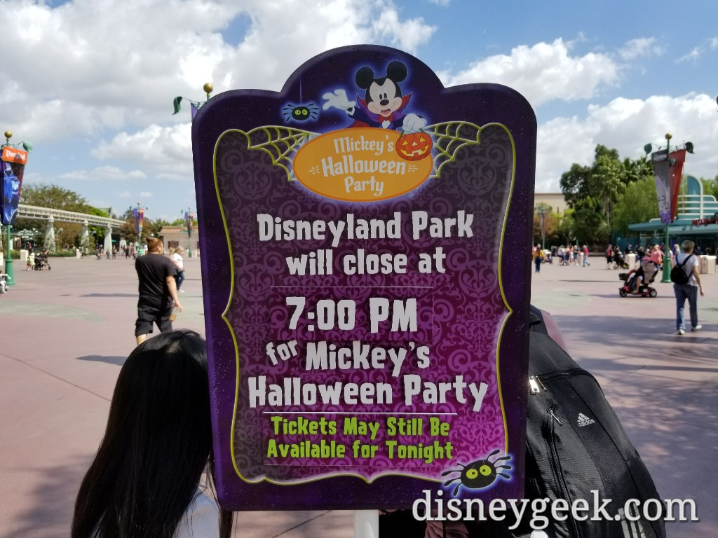 disneyland halloween party tonight is not sold out – the geek's blog
