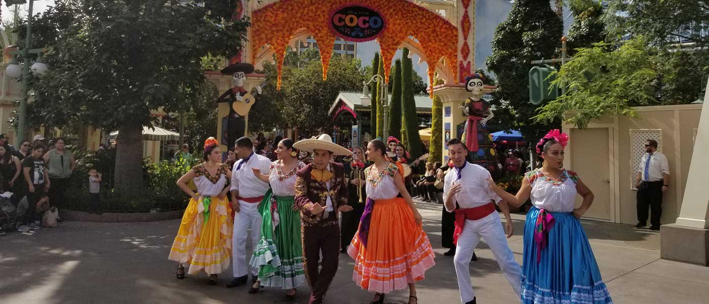 1st Look – Plaza de la Familia – A Celebration of Coco at Disney California Adventure (Pictures & Video)