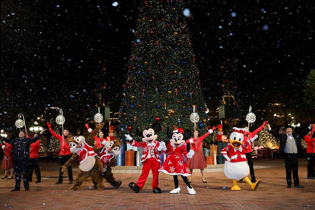 Christmas In Disneyland Hong Kong.Hong Kong Disneyland Resort Presents The Most Delightful