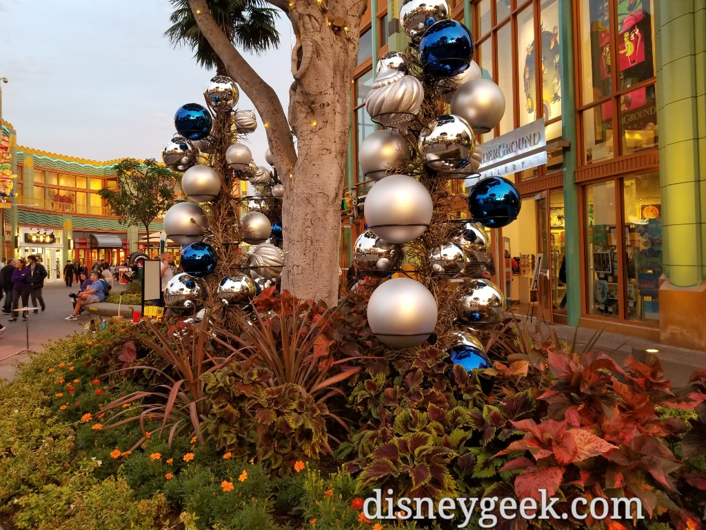 christmas decorations are being set up in downtown disney - Downtown Disney Christmas
