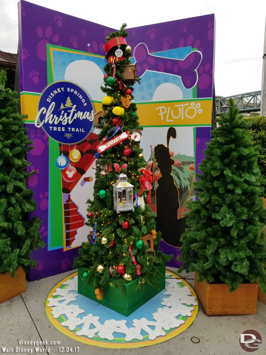 Disney Springs Christmas Tree Trail 2017 Trees Amp Signs