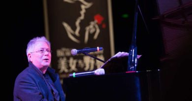 """Beauty and the Beast"" Legend Alan Menken Makes Special Visit to Shanghai Disney Resort"