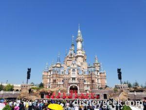 Shanghai Disneyland - Storybook Castle