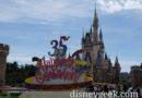 Tokyo Disneyland – Cinderella Castle (Partners & 35th Anniversary Sign)