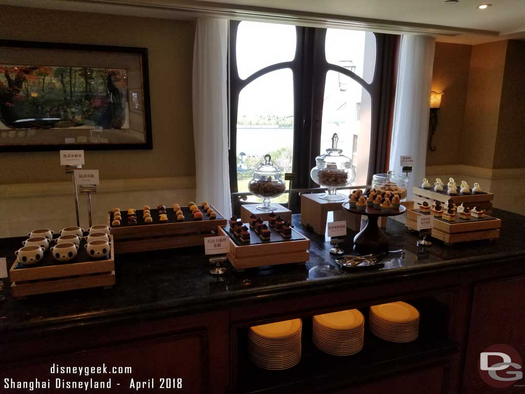 Shanghai Disneyland Magic Kingdom Club - Leisure Delight Selection