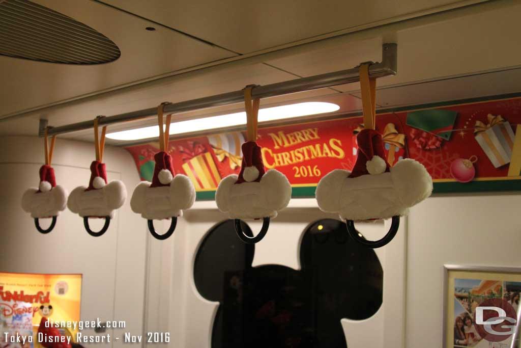 Tokyo Disney Resort Line Christmas 2016