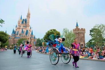 """Tanabata Greeting"" at Tokyo Disneyland"
