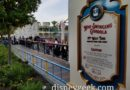 60 min wait for non swinging gondola means no aerial pics this visit, queue extends our to the main walkway