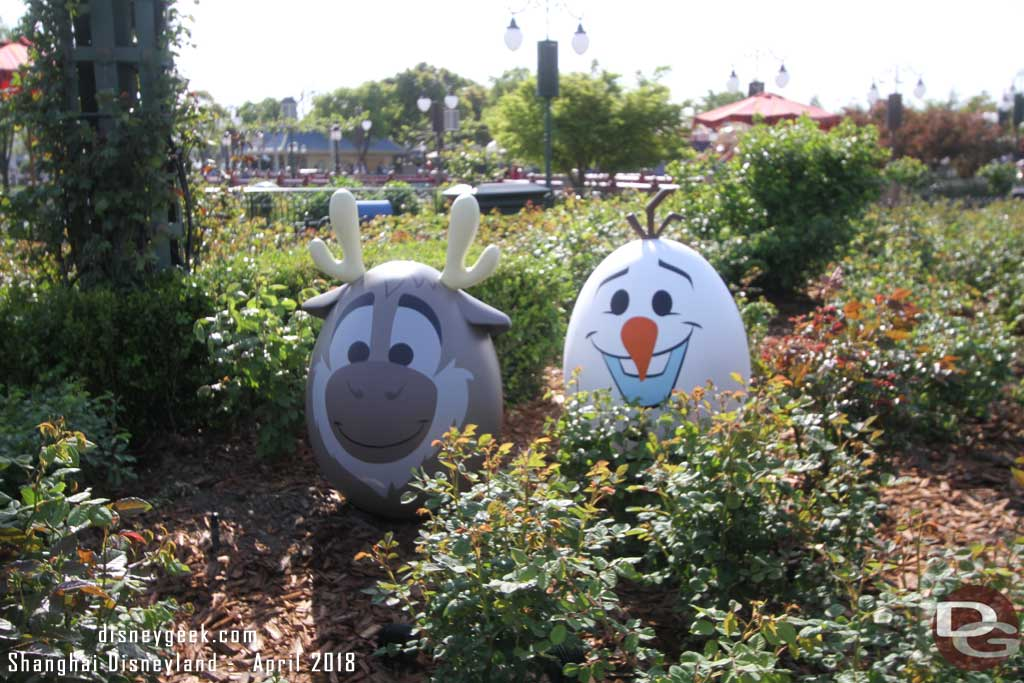 Sven & Olaf from Frozen in the Gardens of Imagination
