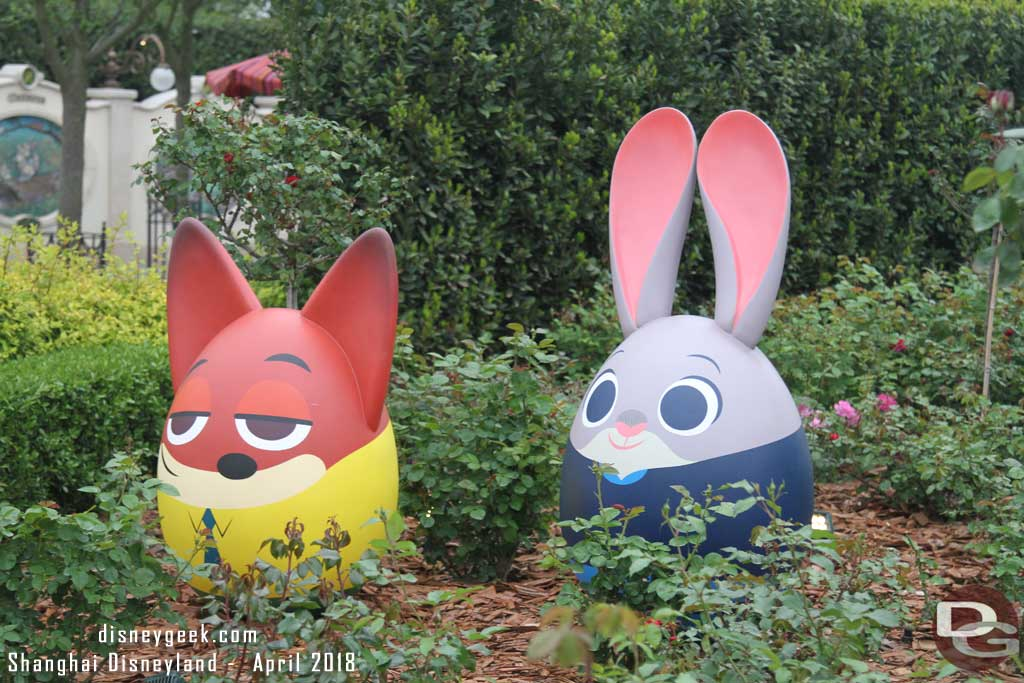 Nick Wilde & Judy Hopps from Zootopia in the Gardens of Imagination