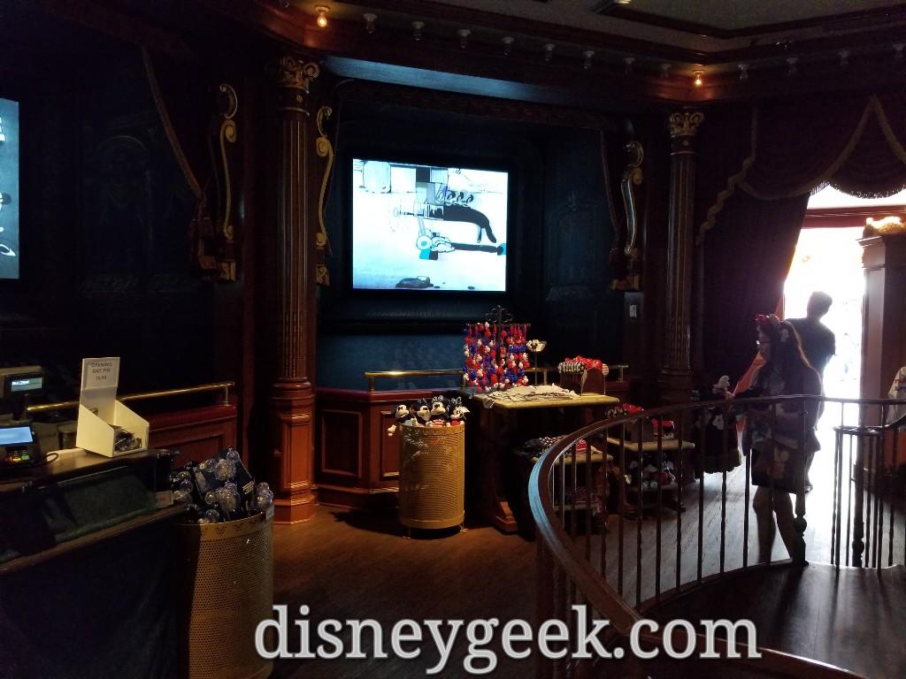 Pictures Disneyland Main Street Cinema Store The Geek S